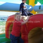 kids play on Znjan