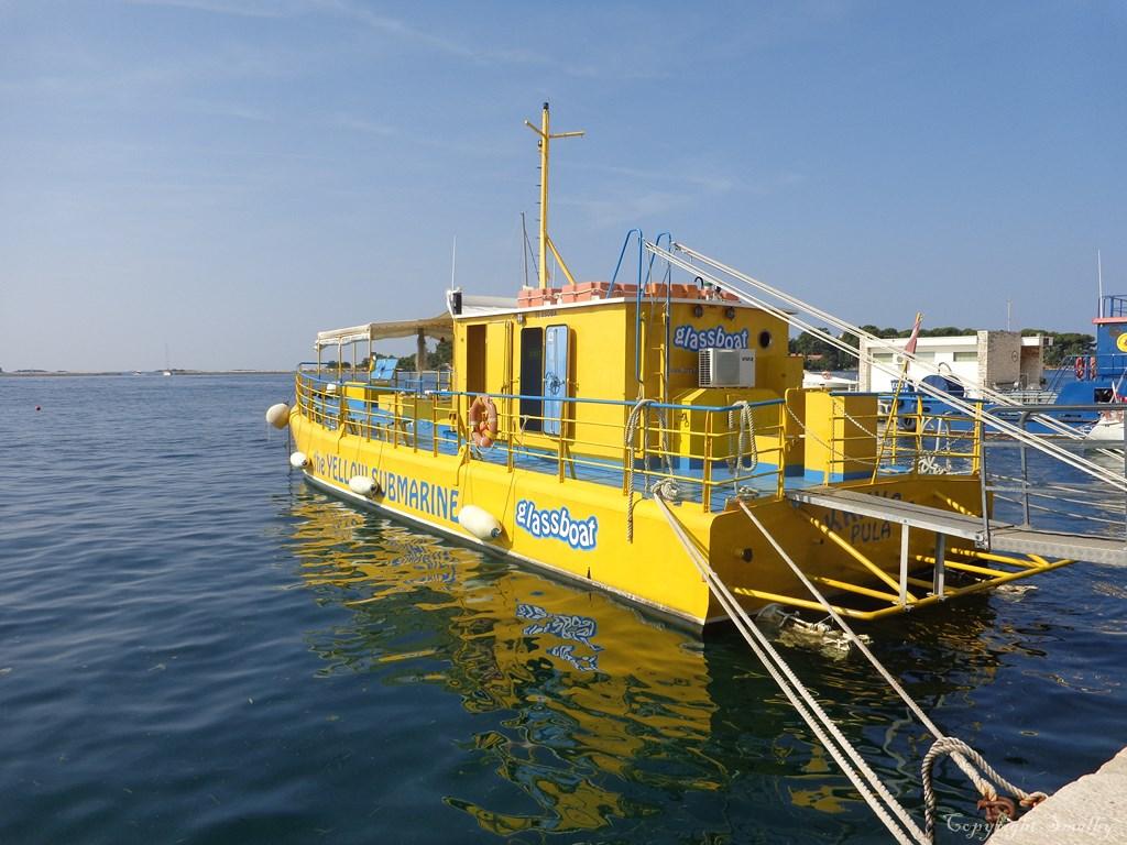 Porec glassboat