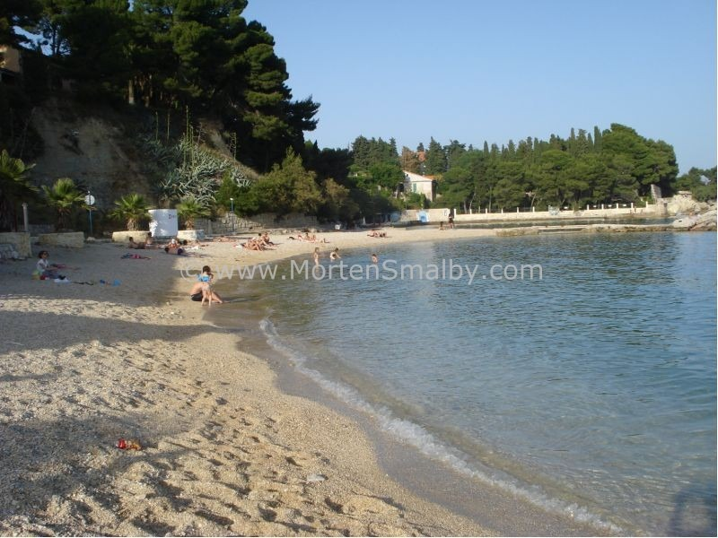 Beach in Split Kastelet