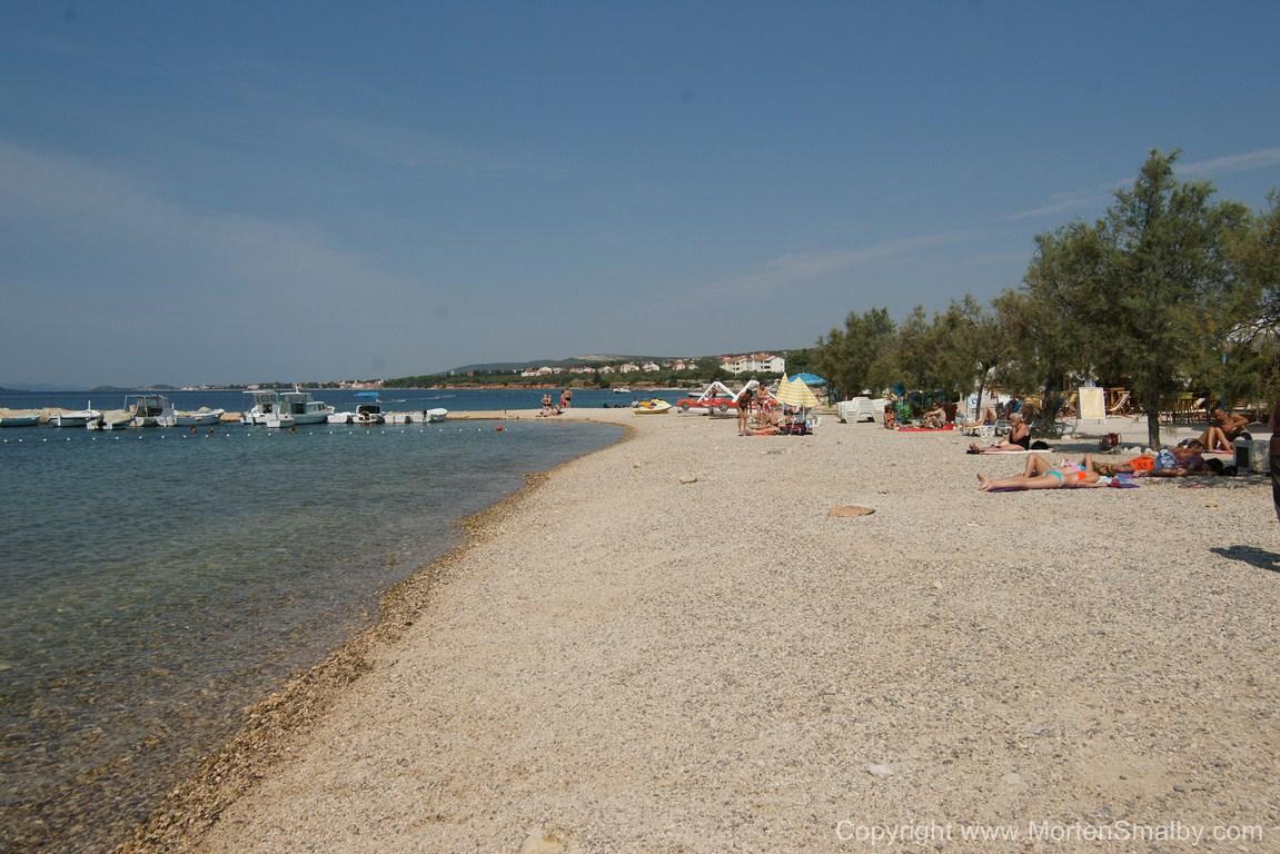 Pebble beach Biograd