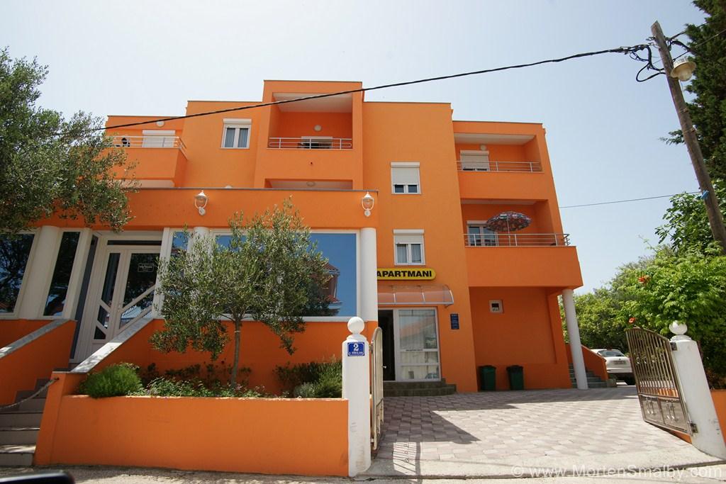 Apartments Privlaka