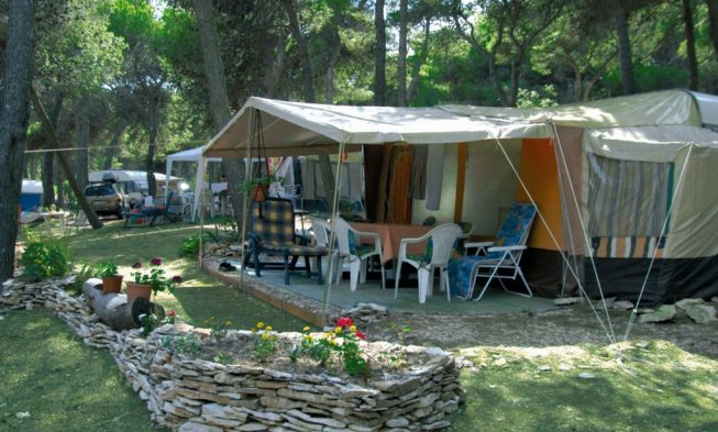 Rent a tent Croatia & Rent a tent in Croatia luxury tents for hire on campsites in Croatia